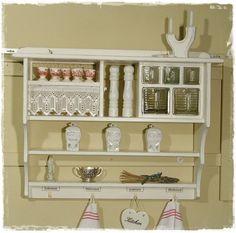 Wandregal küche shabby  Shabby Shic Möbel mit vintage Look - Beispiele und DIY Ideen ...