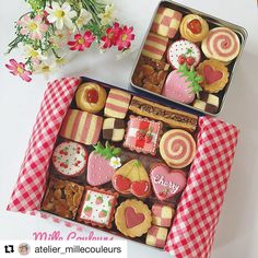 cottaさんはInstagramを利用しています:「Repost @atelier_millecouleurs  🍓🍓🍓🍓🍓🍓🍓🍓🍓🍓🍓🍓🍓🍓 👉お買い物はプロフィールのURLから♩ @cotta_corecle 🍓🍓🍓🍓🍓🍓🍓🍓🍓🍓🍓🍓🍓🍓 #cotta#コッタ#製菓材料ならコッタ#うきうきスプリング …」 Bake Sale Packaging, Dessert Packaging, Cookie Packaging, Macaroon Cookies, Meringue Cookies, Sugar Cookies, Small Desserts, Cute Desserts, Cookie Box