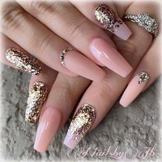 This series deals with many common and very painful conditions, which can spoil the appearance of your nails. But for you, nail technicians, this is not a problem! SPLIT NAILS What is it about ? Nails are composed of several… Continue Reading → Best Acrylic Nails, Acrylic Nail Designs, Nail Art Designs, Beautiful Nail Art, Gorgeous Nails, Pretty Nails, Nagellack Design, Ballerina Nails, Luxury Nails