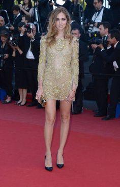 Chiara Ferragni in abito dorato
