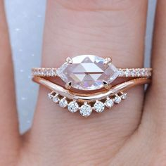 Engagement rings marquise – Marquise diamond ring – Diamond solitaire engagement ring – Yellow e – diamond rings engagement Yellow Engagement Rings, Vintage Engagement Rings, Vintage Rings, Large Diamond Rings, Wedding Rings Solitaire, Solitaire Engagement, Marquise Wedding Set, Wedding Bands, Wedding Stuff