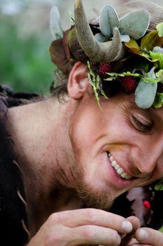 fairy - unusual close up ☺ Renaissance, Kobold, Midsummer Nights Dream, Beltane, Summer Solstice, Green Man, Greek Gods, Magical Creatures, Fantasy World