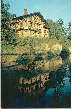 Postcrossing US-2562081 - Tinker Swiss Cottage built in 1865 in Rockford, Illinois.  Card sent to a Postcrosser in Germany.