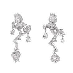 Résultats Google Recherche d'images correspondant à http://www.luxebytrendy.com/wp-content/uploads/2012/12/Boucles-doreilles-Rose-Dior-Bagatelle-or-blanc-diamant.jpg