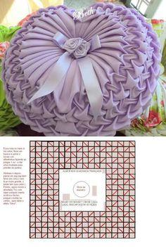 Diy Crafts - bedlinensilike-I like the bows and flowers in the middle bedsheetsilike bedlinensilike Smocking Tutorial, Smocking Patterns, Embroidery Patterns, Sewing Patterns, Quilt Patterns, 5 Diy Crafts, Sewing Crafts, Sewing Projects, Sewing Pillows