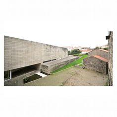 24# Álvaro Siza . Centro Gallego de Arte Contemporânea  #Siza #Architecture #Museum #Spain #Brick