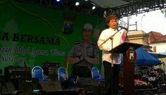 """Dihadapan Kepolisian Caknun Menegaskan: """"Polisi Alat Negara Bukan Bawahan Presiden"""" http://news.beritaislamterbaru.org/2017/06/dihadapan-kepolisian-caknun-menegaskan.html"""
