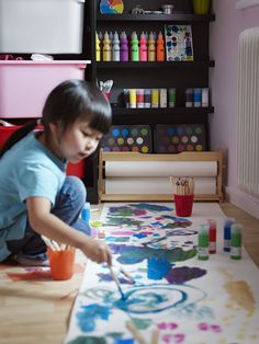 A small room won't stop great creativity. Use the floor if you need to with the MALA drawing paper roll! Ikea Catalogue 2015, Kids Art Easel, Drawing Paper Roll, Painting Corner, Art Studio At Home, Toy Organization, Arts And Crafts Supplies, Diy Crafts For Kids, Kids Playing