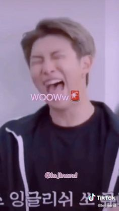 Bts Suga, Bts Taehyung, Bts Bangtan Boy, Namjoon, Bts Memes Hilarious, Bts Funny Videos, V Video, Foto E Video, V And Jin