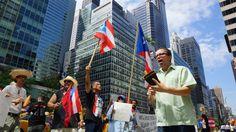 cool Más de 600.000 puertorriqueños emigraron a EE.UU. en 9 años debido a crisis  economica