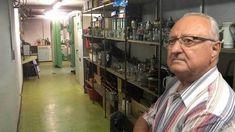 Hamsterkäufe für zehn Tage? Von dem neuen Zivilschutzkonzept der Bundesregierung hält Albert Schmid aus dem Landkreis Erding bei München nichts. Er hat schon vor 36 Jahren einen unterirdischen Bunk…