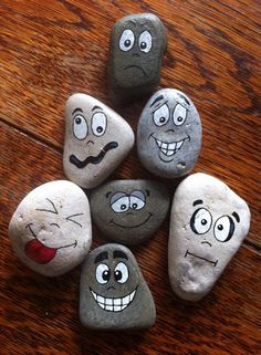 Rock Painting Patterns, Rock Painting Ideas Easy, Rock Painting Designs, Paint Designs, Stone Crafts, Rock Crafts, Diy And Crafts, Crafts For Kids, Arts And Crafts