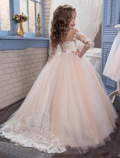 Light Champange Lace Ball Gown Flower Girls Dresses For Wedding Long Sleeve Girls First Communion Dresses Special Occasion Dres Tulle Flower Girl, White Flower Girl Dresses, Little Girl Dresses, Girls Dresses, Toddler Flower Girl Dresses, Princess Flower Girl Dresses, Princess Dress Kids, Wedding Flower Girl Dresses, Prom Dresses
