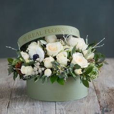 At The Real Flower Company we supply birthday flower deliveries and birthday roses, with birthday bouquets of scented roses, dahlias, sweet peas, herbs and foliage hand tied by our expert florists for next day delivery Flower Bouquet Boxes, Hat Box Flowers, Flower Box Gift, Beautiful Bouquet Of Flowers, Beautiful Flower Arrangements, Floral Arrangements, Beautiful Flowers, Christmas Flower Arrangements, Christmas Flowers