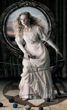 "Bert Barelds, ""The Lady of Shalott, after John William Waterhouse"", from the series ""Schoonheid is van alle tijden"", presented by GasTerra, photograph, 2009"