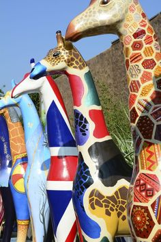 Fiberglass Giraffes, Colchester Zoo jigsaw puzzle in Animals puzzles on TheJigsawPuzzles.com
