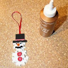 make puzzle piece ornament crafts -