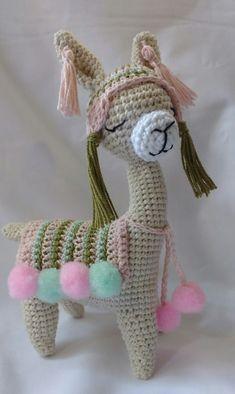 Purse Patterns Free, Crochet Purse Patterns, Crochet Purses, Cute Crochet, Crochet Crafts, Crochet Toys, Knit Crochet, Llama Alpaca, Knitted Dolls