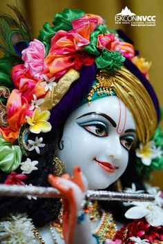 Jai😊 Krishna Flute, Krishna Statue, Radha Krishna Photo, Radha Krishna Love, Radha Rani, Little Krishna, Baby Krishna, Cute Krishna, Shree Krishna Wallpapers