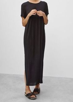 Ideas dress maxi black minimal chic for 2019 Minimal Chic, Minimal Fashion, Minimal Classic, Minimal Look, Mode Outfits, Fashion Outfits, Womens Fashion, Fashion Weeks, Looks Style