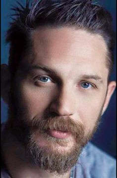 Tom Hardy x this man is so sexy