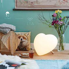 Lampe veilleuse coeur love is all boutique la prunelle de mes yeux 42 rue daguerre paris 14eme et le site www.laprunelledemesyeux.com/