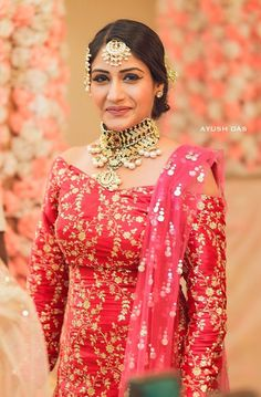 Beautiful Suit, Beautiful Bride, Party Wear Dresses, Homecoming Dresses, Indian Dresses, Indian Outfits, Indian Clothes, Tashan E Ishq, Surbhi Chandna