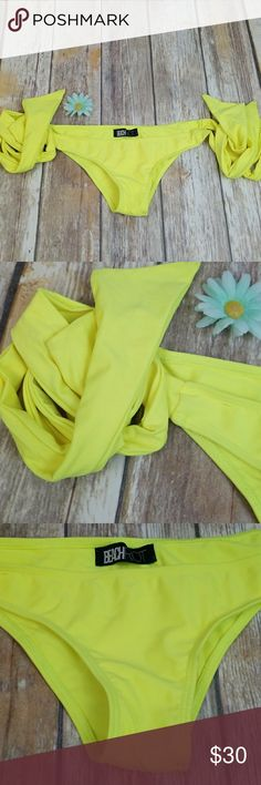 Beach riot bikini bottoms LAST ONE!!! Brand new all yellow bottoms just no tags or size tags does have rasido from hygentic liner also has random marks from sitting on shelf Beach Riot Swim Bikinis