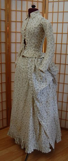 An 1880s Cotton Print Bustle Dress - seized with the sudden urge to make something modernish with cotton prints.