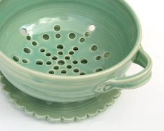 Tea cup colander: I want to fill it with strawberries