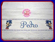 Toalha de Banho com o tema do Sonic para o Pedro. Utilizei a toalha de banho da Karsten