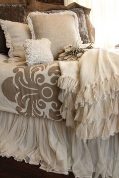 Dreamy Bedding - Lovely Dramatic Bed Skirt