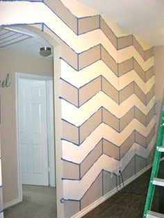 Miss Madison's Charmed Life: Chevron Wall {Tutorial}