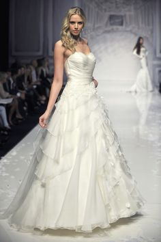 Ian Stuart Bride | Designer wedding dresses-Dolcissimo
