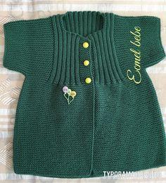Keep someone newborn baby luke-warm utilizing a neutral jacket. Baby Knitting Patterns, Baby Sweater Knitting Pattern, Knitted Baby Cardigan, Vest Pattern, Knitting Designs, Baby Girl Shirts, Baby Girls, Fail Girl, Baby Dress Design