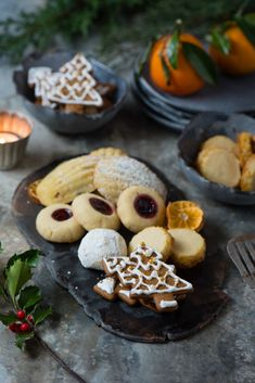 The Twelve Days of Holiday Baking Projects - Simple Bites Easy Holiday Desserts, Holiday Cookies, Holiday Baking, Christmas Desserts, Christmas Baking, Christmas Recipes, Baking Recipes, Cookie Recipes, Chocolate Pavlova