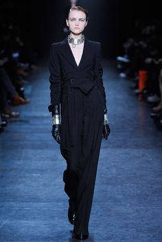 Ann Demeulemeester Fall 2010 RTW - that is one sharp suit top