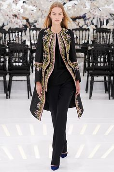 Christian Dior Fall 2014 Couture - Review - Vogue