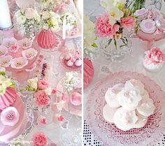 Lima Limão - festas com charme: Muitas rosas para o batizado da Constança! Roses, Romantic, Table Decorations, Party, Flowers, Beautiful, Parties, Pink, Romantic Things