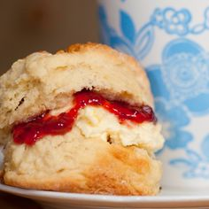 Scones are quick to make and always appreciated. Homemade Scones Recipe from Grandmothers Kitchen. Just Desserts, Delicious Desserts, Bread Recipes, Baking Recipes, Baking Scones, Granny's Recipe, Homemade Scones, Sweet Bread, Kitchen Recipes