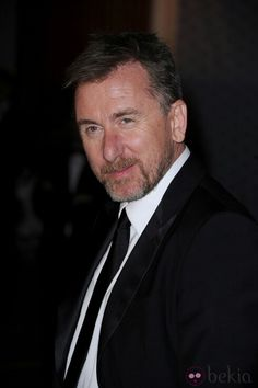Tim Roth, male actor, celeb, beard, Lie to Me, great tv, powerful face, intense eyes, expression, portrait, photo