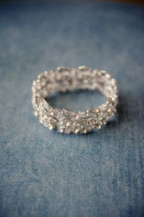 Okay, I've never seen a wedding band that I actually was like YES about. This, this is it for me. This is the one.