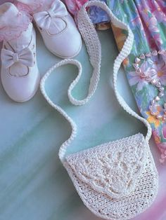 Great Lil Lacy Crochet Shoulder Bag: free pattern available