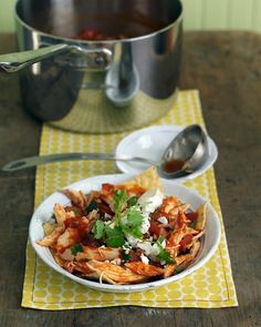 Chicken Chilaquiles - Martha Stewart Everyday Food - For an authentic touch, use fresh Mexican cheese (queso fresco) or aged (queso anejo) in place of feta. Chicken Chilaquiles, Chilaquiles Recipe, Chicken Snacks, Quick Chicken Recipes, Mayo Chicken, Chicken Gumbo, Recipe Chicken, Quick Recipes, Amazing Recipes