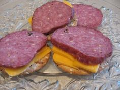 summer sausage recipe for backpacking Homemade Summer Sausage, Summer Sausage Recipes, Homemade Sausage Recipes, Jerky Recipes, Venison Recipes, Salami Recipes, How To Make Sausage, Sausage Making, Smoke And A Pancake