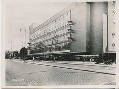 """City of Light"": The Story of Willem Dudok's De Bijenkorf Rotterdam,Dudok's De Bijenkorf. Image © Flickr CC user janwillemsen"