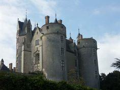Château de Montreuil-Bellay, XIIIe, XVIe siècle.