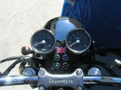 Dual Mini Tachometer and Speedometer Kit for the Triumph Bonneville and Thruxton