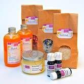 DIY bad oils & bath scrubs. www.jojoli.nl