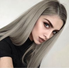 Edgy and intimidating, the silver hair trend has all the cool girl vibes. Here, 17 gray and silver hair inspiration photos that will have you running to your colorist immediately. Hair Inspo, Hair Inspiration, Grey Wig, Ash Grey, Gray Hair, Front Hair Styles, Hair Front, Brown Blonde Hair, Silky Hair